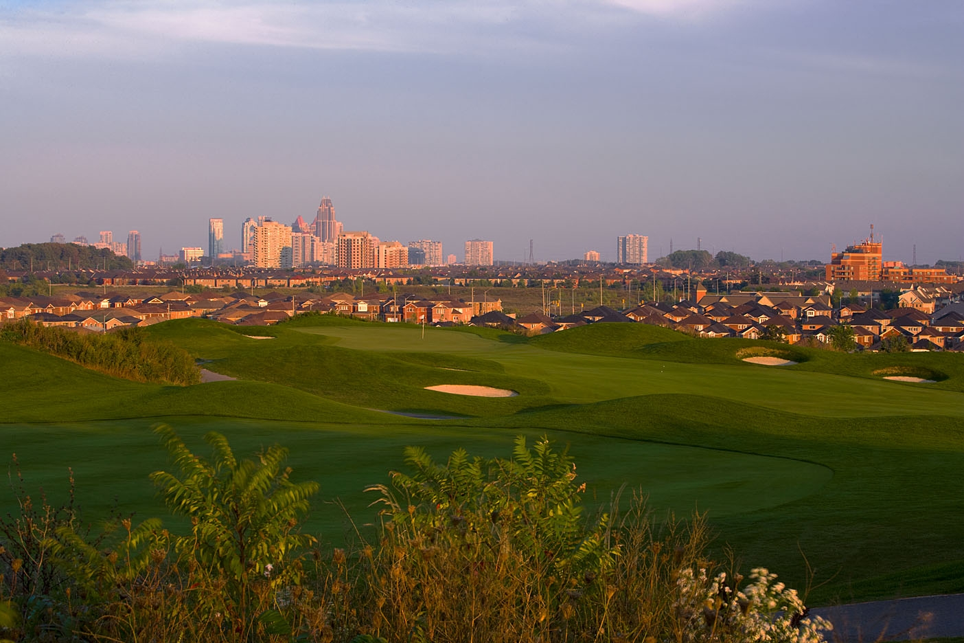Braeben Golf course gives you a full view 360 view of Mississauga.